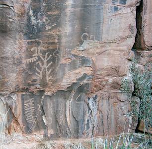DSCN6508_Petroglyph_8
