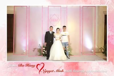 Ba Hung & Nguyet Minh instant print wedding photobooth in Ha Noi - chụp hình in ảnh lấy ngay Tiệc cưới tại Hà Nội