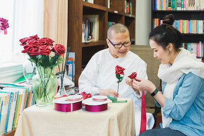 Rose Making by Mae Noi - P'Vanda II