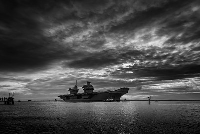 HMS Queen Elizabeth returning from exercise Westlant18, on December the 10th, 2018 (pic10)