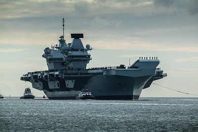 HMS Queen Elizabeth returning from exercise Westlant18, on December the 10th, 2018 (pic4)