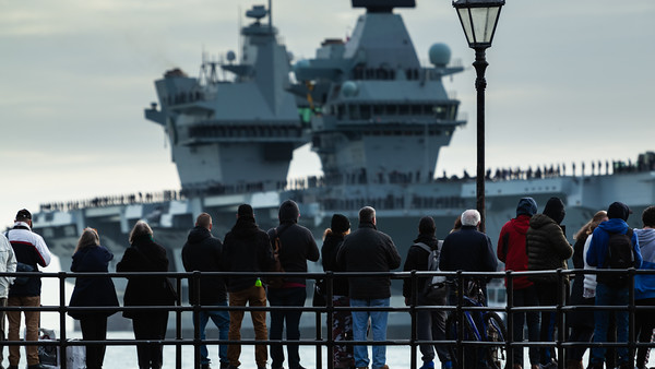 HMS Queen Elizabeth returning from exercise Westlant18, on December the 10th, 2018 (pic6)