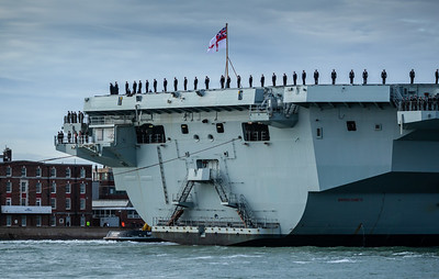 HMS Queen Elizabeth returning from exercise Westlant18, on December the 10th, 2018 (pic15)