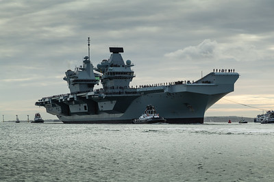 HMS Queen Elizabeth returning from exercise Westlant18, on December the 10th, 2018 (pic9)