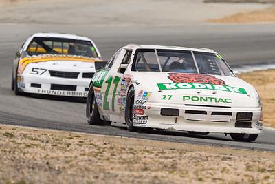 NASCAR - Pontiac leads Ford