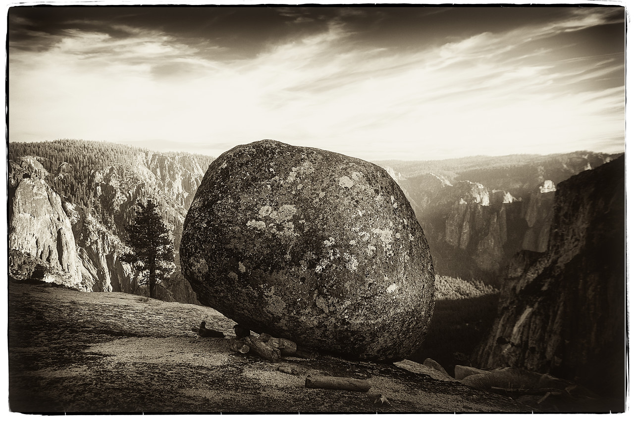 THE BEST PHOTO OF A BOULDER EVER TAKEN