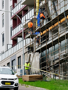 Construction Workers on site at 47 Beane St. Gosford. March, 2019. Building update ed222