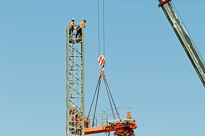 Construction crane removal. Update ed319. Gosford. April 9, 2019.