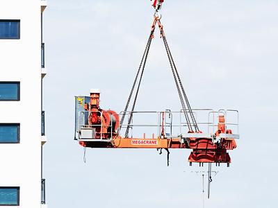 Construction crane removal. Update ed320. Gosford. April 9, 2019.