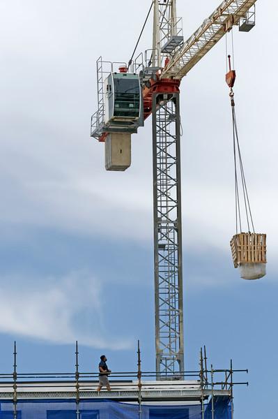 Working construction crane. Update ne180.