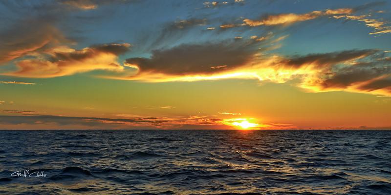 Golden Ocean Dawn. Art photo digital download and wallpaper screensaver. DIY Print.