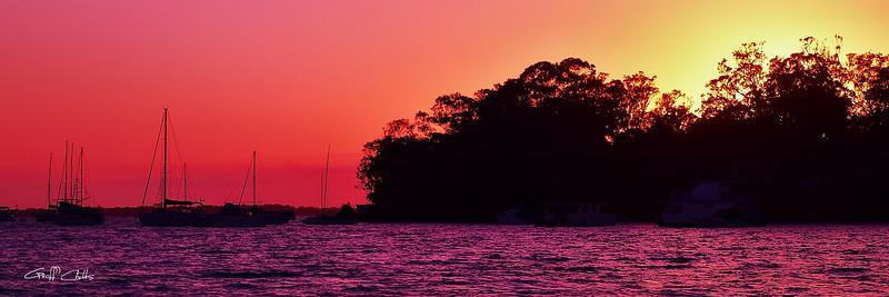Crimson  Sunrise  Seascape. Art photo digital download and wallpaper screensaver. DIY Print.