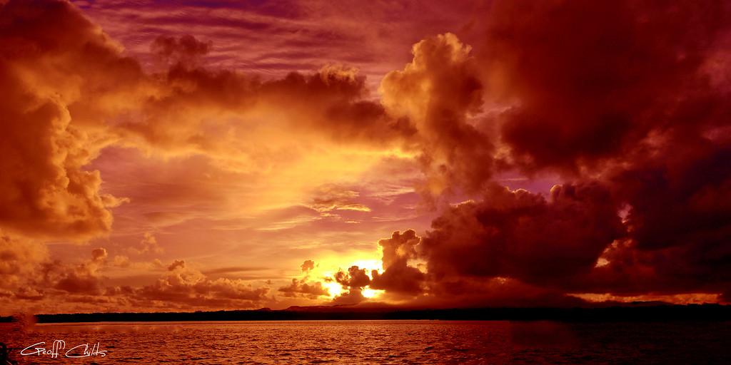 Glorious Dawn Sunrise wallpaper screensaver and photo download. DIY Print.