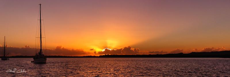 "Sunrise over Water. Art photo digital download and wallpaper screensaver Diy Print (Format 1/3) Size eg. 8""x24"" or 20x61 cm."