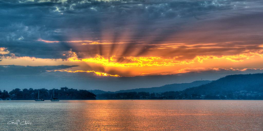 Smoky Rays Sunrise, wallpaper screensaver and photo download. DIY Print.