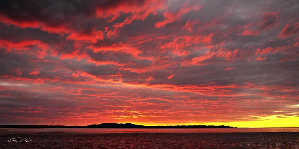 Crimson Sunset -  Art photo digital download and wallpaper screensaver. DIY Print.