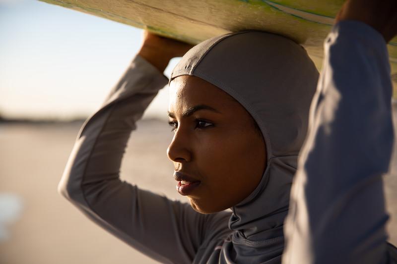 Hijab surf multicultural Australia Attila Csaszar 05052018-9