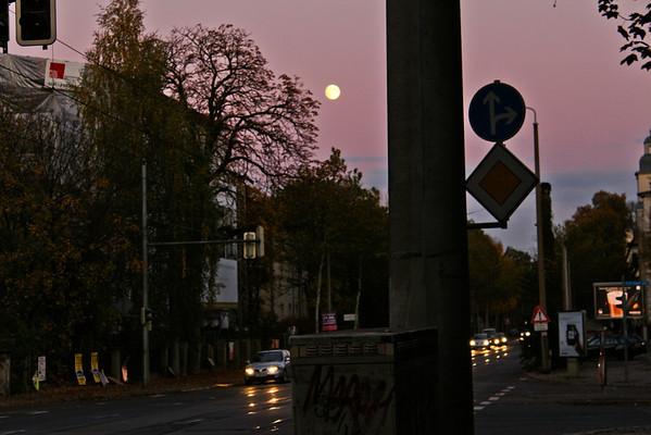 Full Moon ~ Karl Heine Str ~ 2012