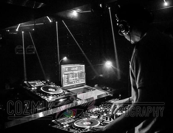 DJ Earic working Trinity & bringing the House