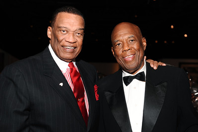 "FRIENDS, THE FOUNDATION OF THE CALIFORNIA AFRICAN AMERICAN MUSEUM WELCOMED EVERYONE TO THE SEVENTH ANNUAL ""AN ARTFUL EVENING AT CAAM HONORING JOHN OUTTERIDGE AND SIDNEY POITIER HOSTED BY CCH POUNDER ON SATURDAY OCTOBER 6, 2012 IN LOS ANGELES CALIFORNIA. Bernie Casey and Howard Bingham   (Photo by Valerie Goodloe)"