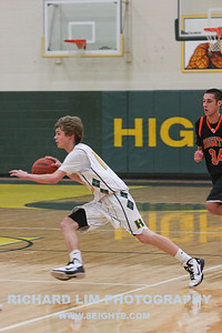 HHS-V-Brighton-Basketball-IMG_0471