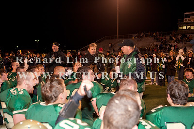 HHS-V-HOLT-playoff-2010-0230