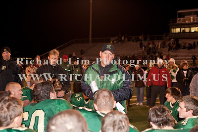 HHS-V-HOLT-playoff-2010-0231