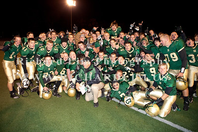 HHS-V-HOLT-playoff-2010-0277