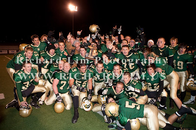 HHS-V-HOLT-playoff-2010-0261