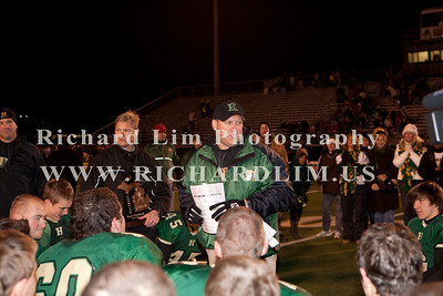 HHS-V-HOLT-playoff-2010-0228