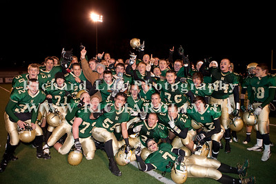 HHS-V-HOLT-playoff-2010-0254
