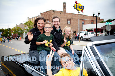 2012-HHS-Homecoming Parade-045