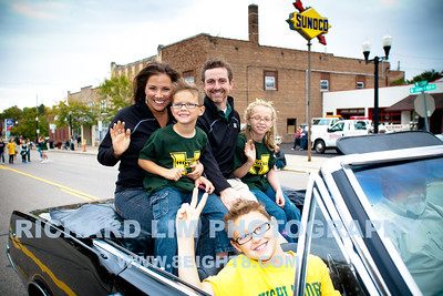 2012-HHS-Homecoming Parade-046