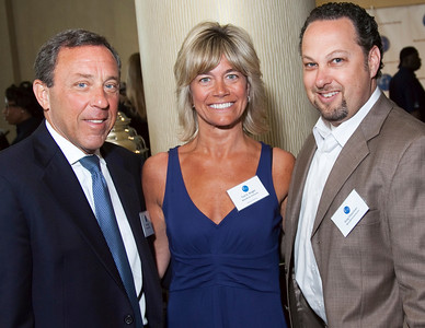 Dick Lippin (Lippin Group), Toni E. Knight (Worldlink Ventures), Greg Chassman (Worldlink Ventures)