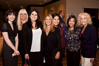 Daria Linvill, Kim Spence, Shannon Rosenberg, Bonnie Gallanter, Laura Behrman, Julie Kertes and Dr. Judy Marlane.