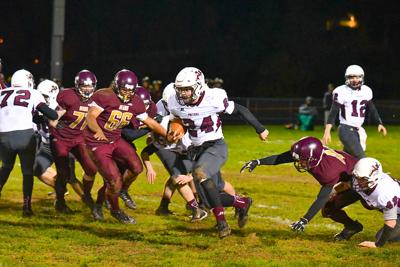 Ayer Shirley's Jimmy Robinson runs the ball during Friday night's loss to Abby Kelley. Nashoba Valley Voice/Ed Niser