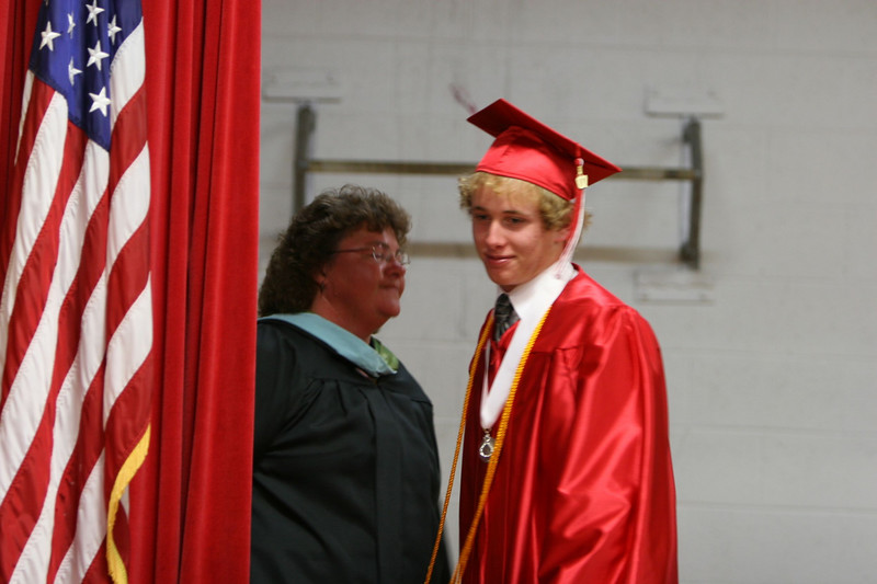 060307_HighSchoolGraduation_601