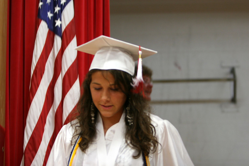 060307_HighSchoolGraduation_401