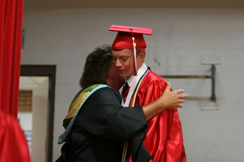 060307_HighSchoolGraduation_415