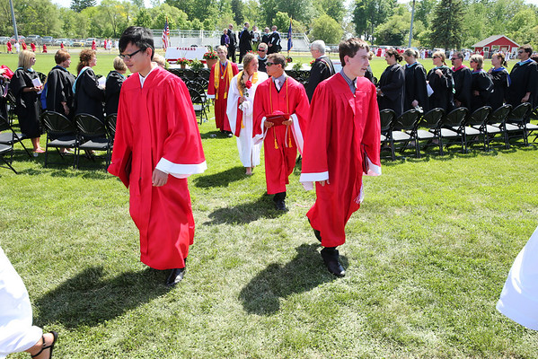 060114-HS-Graduation-1260