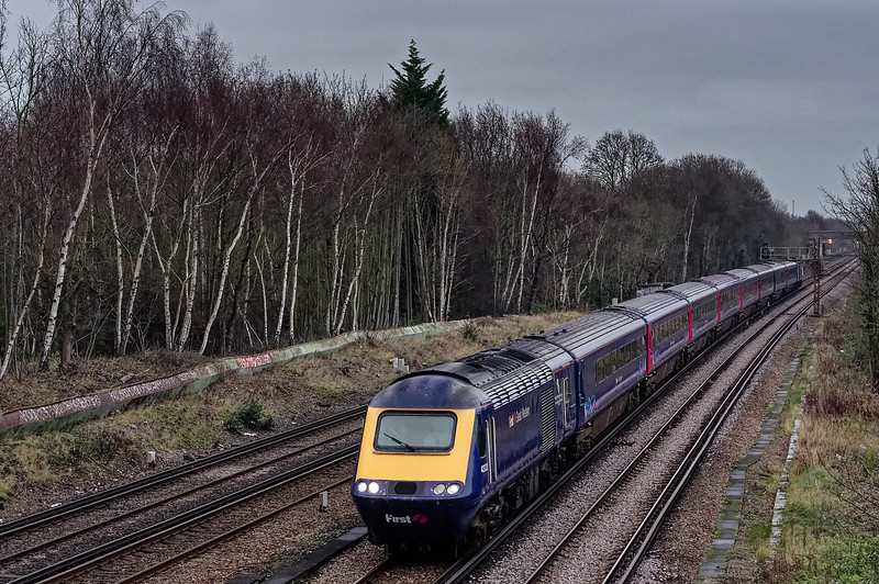 43023 / 43032 approaching New Malden with 1C81, the 10:50 Waterloo - Penzance, <br /> on 27th December 2015.
