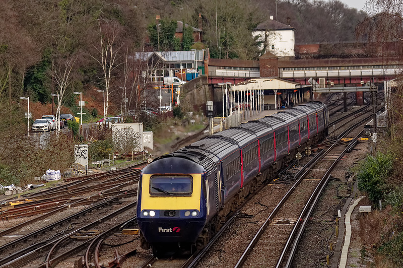 43031 / 43194 passing Weybridge with 1C18, the 13:39 Waterloo - Bristol Temple Meads, <br /> on 28th December 2015.