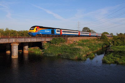 43054 tnt 43082 on the 1D57 1715 St Pancras to Nottingham at Normanton on Soar on the 11th May 2015