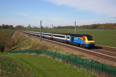 43089+43043 on 1C43 1050 Leeds to London St Pancras at Childwickbury south of Harpenden on the 22nd March 2020