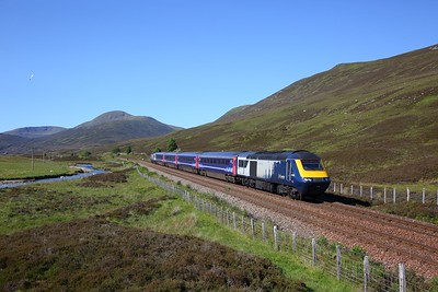 43168+43151 on the 1H05 0707 Glasgow Queen Street to Inverness approaching Dalwhinnie on the 27th June 2019