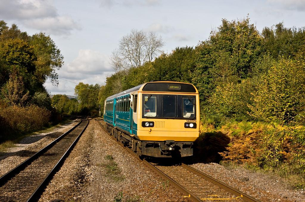 142075, 11.47 Treherbert-Cardiff Central, Treforest Estate, near Pontypridd,  20-10-15.