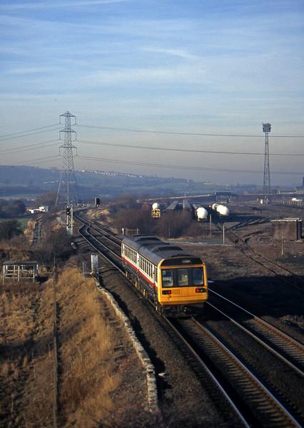 142006, westbound, Healey Mills, near Wakefield, 14-1-97.