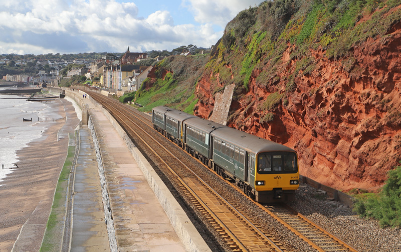 143612/143603, 12.13 Paignton-Exmouth, Dawlish, 15-10-19.
