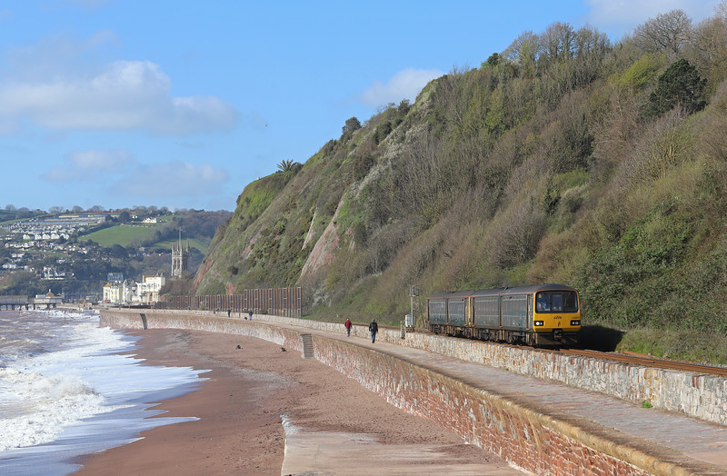 143620/143619, 09.12 Paignton-Exmouth, cancelled at Exeter Central, Sprey Point, Teignmouth, 11-4-19.