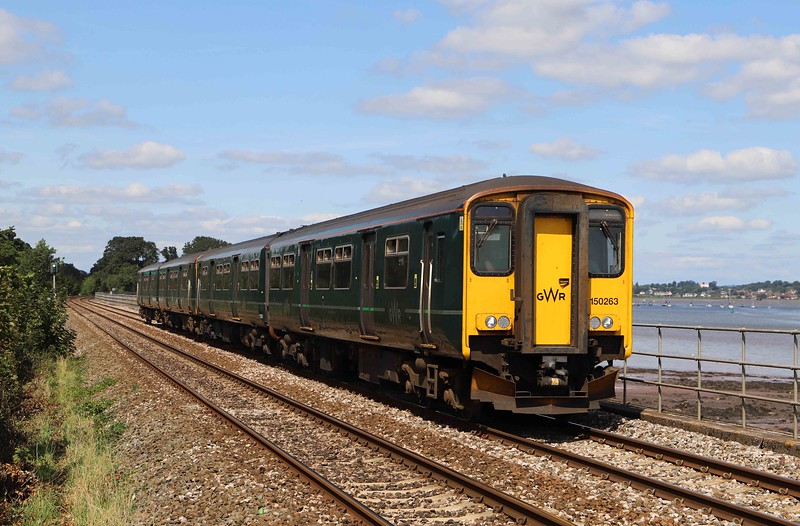 150263/150, 12.57 Exmouth-Paignton, Powderham, near Starcross, 25-8-21.